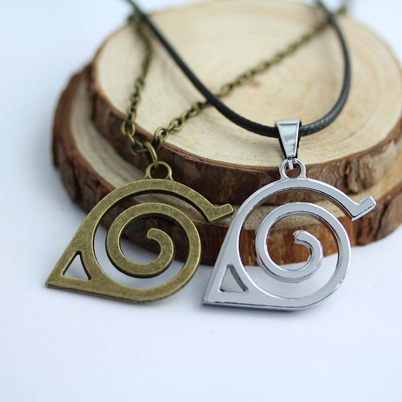 stunning-narutos-leaf-symbol-cosplay-necklace-in-2-colors