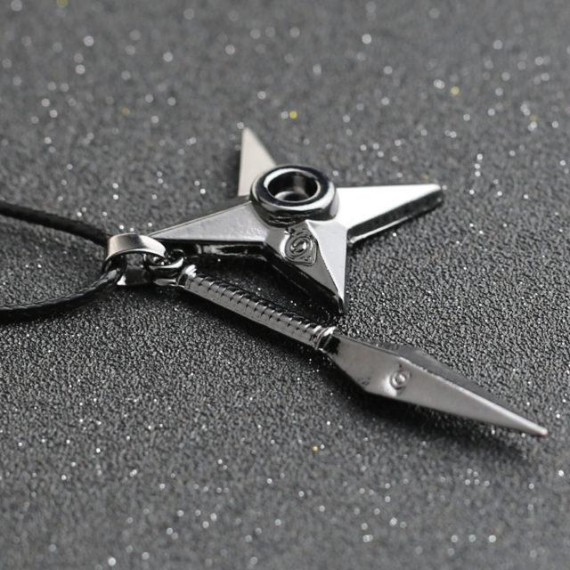 NARUTO Kunai + Shuriken pendant necklace